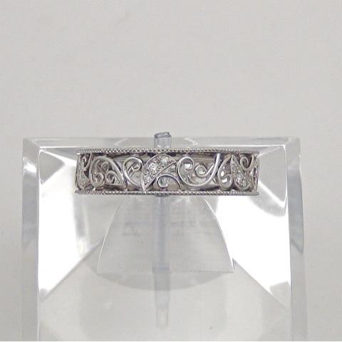 透かしのダイヤモンドリング