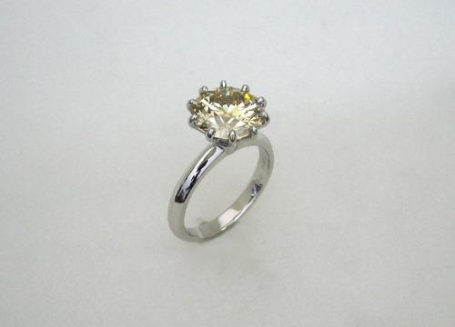 ブラウニッシュイエローダイヤモンドリング