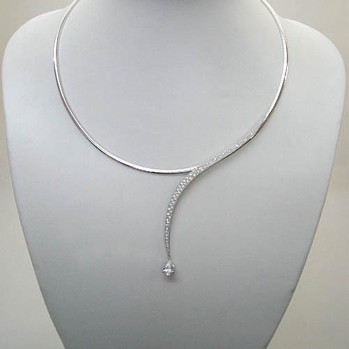 ペアシェイプダイヤモンド ネックレス