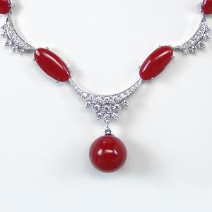 血赤サンゴ ダイヤモンド ネックレス
