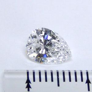 ダイヤモンド(ペアシェイプカット)